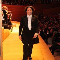 Gustavo Dudamel entusiasmado por aniversario en LA Phil