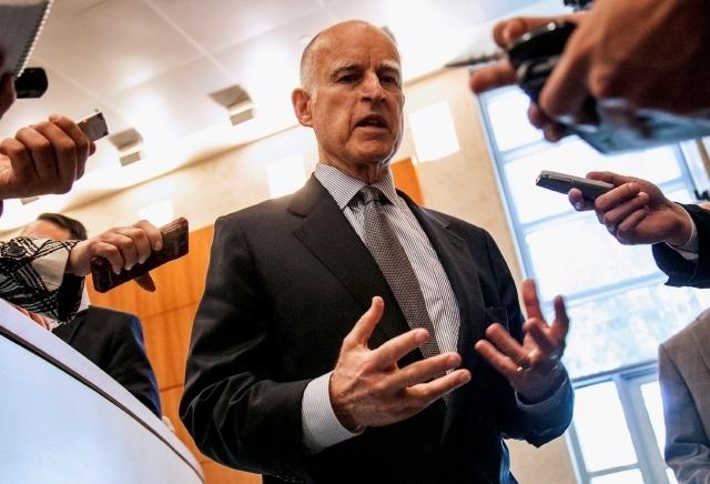 Gobernador de CA veta sindicato a intérpretes médicos