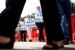 Empleados federales deben regresar al trabajo