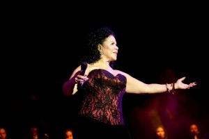 Eva Ayllón, la voz potente de la música afroperuana