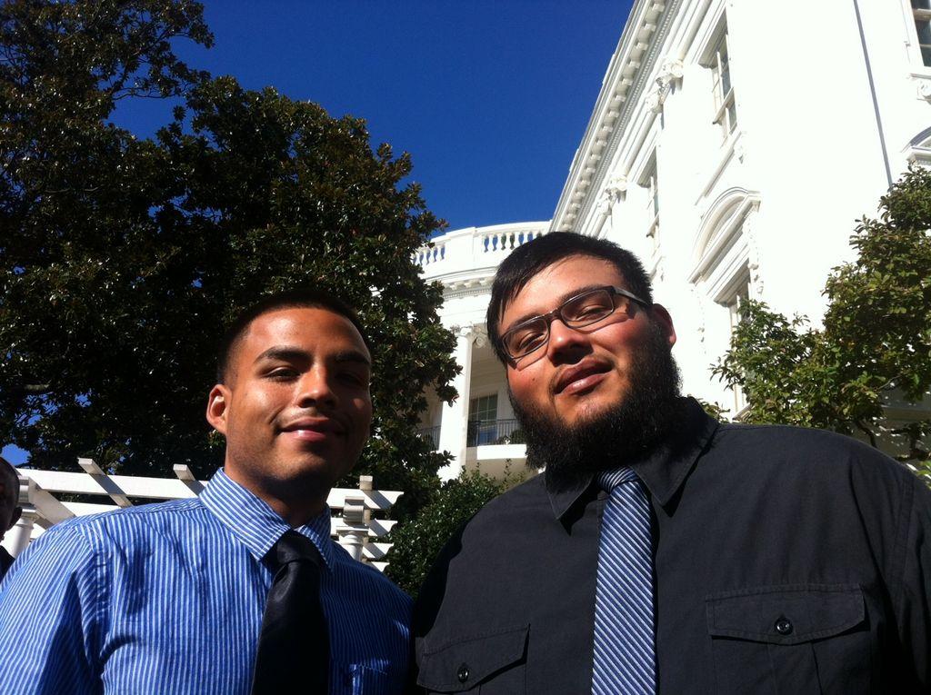 Asisten a la Casa Blanca hermanos Valdez de Este de LA