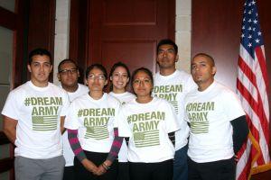 Dreamers piden entrar a Fuerzas Armadas de EE.UU.