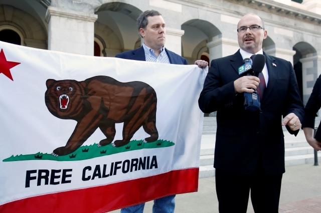 Lanzan campaña contra legisladores latinos en CA