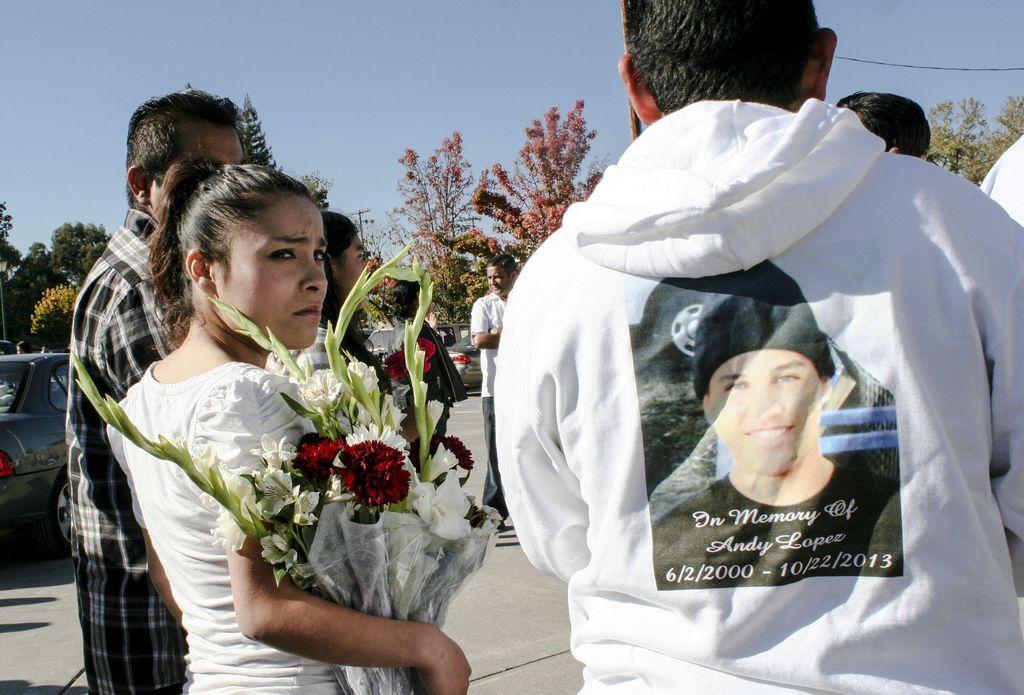 Indigna a latinos la muerte de Andy López