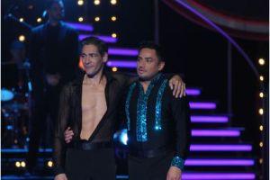 """Manny Manuel entrega el alma para seguir en """"Mira Quién Baila"""""""