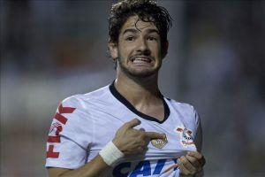 El Corinthians admite la posibilidad de vender a Alexandre Pato