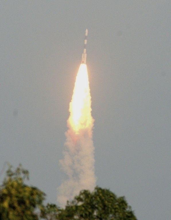 Después de 44 minutos de vuelo, el orbitador se separó del cohete.