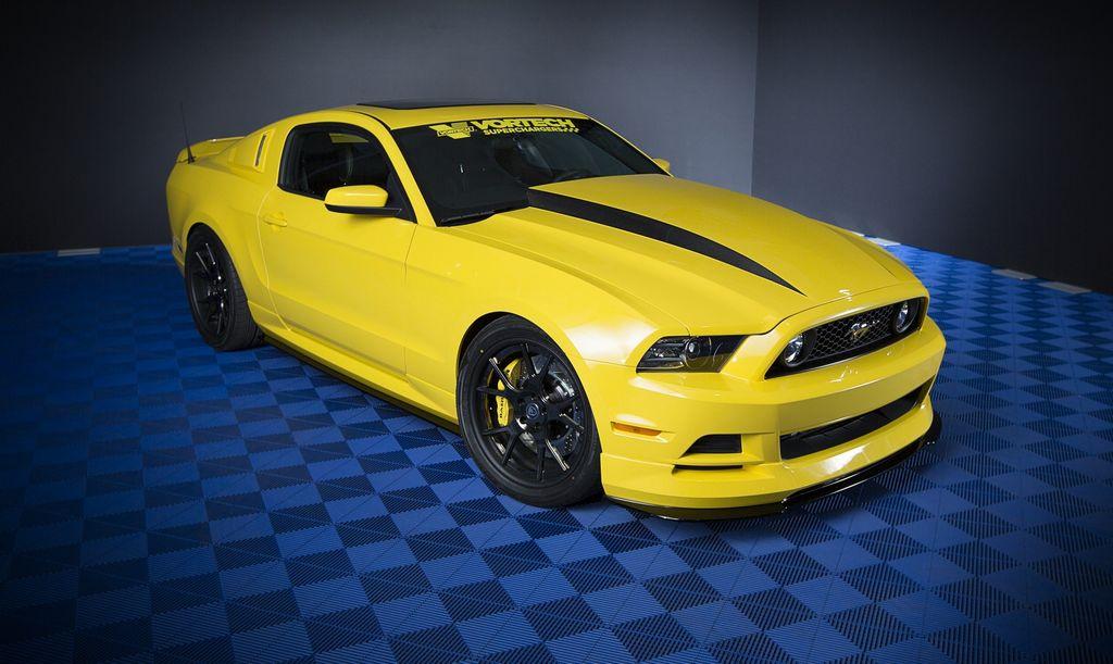 El Ford Mustang y la F-Series son el auto y la pick-up más calientes del SEMA