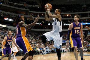 Mavs apalea a Lakers con 30 puntos de Ellis