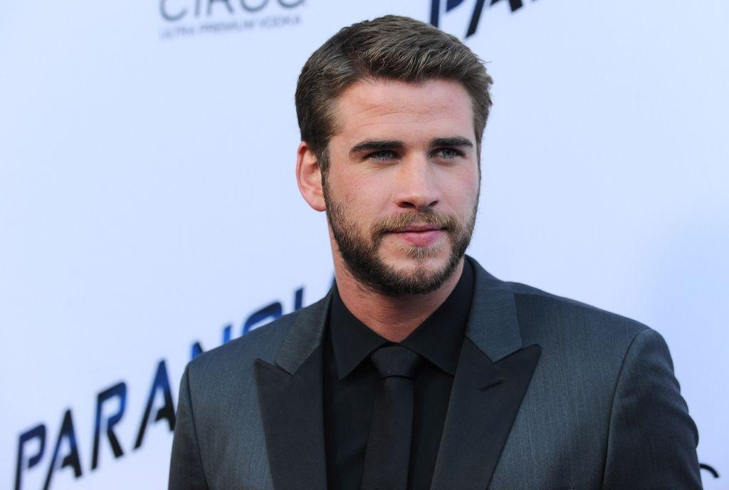Liam Hemsworth ya no se acuerda de Eiza González