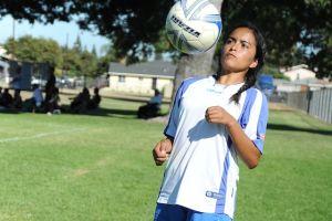 Futbolista es valiosa defensa para Liga Juvenil de Norwalk