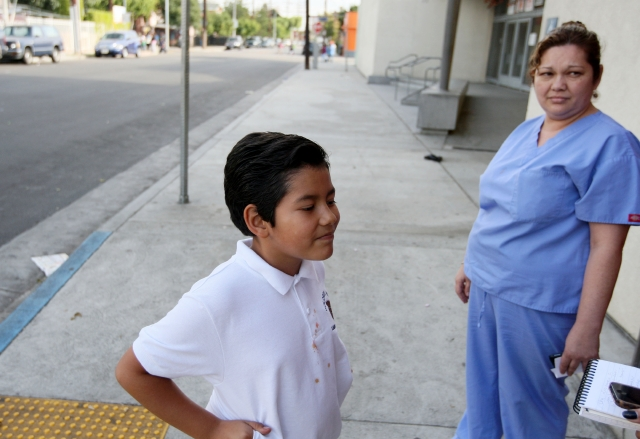 Investigan contaminación de alimentos en escuelas de LA