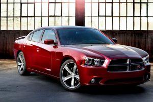 Celebran 100 años de la marca Dodge