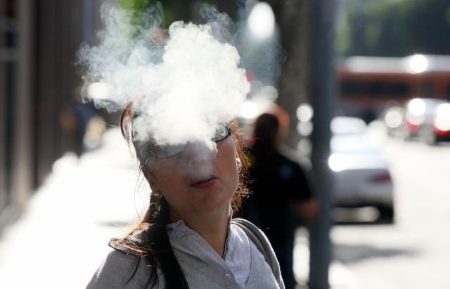 Preocupa efectos de e-cigarrillos a autoridades de salud