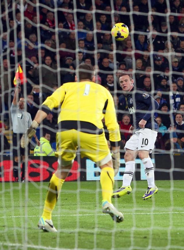 Man-City golea a Tottenham