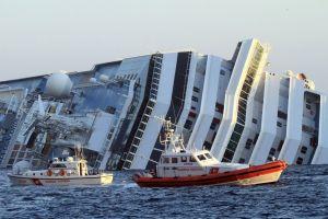 Tripulante del Concordia admite que mintieron a pasajeros