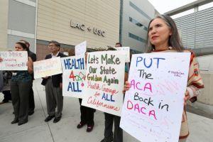 Programa de salud en Los Ángeles ayuda a indocumentados