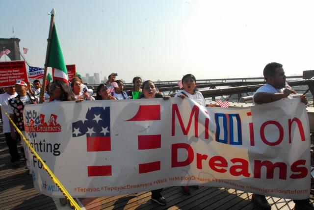 Pro inmigrantes cambian estrategia