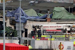 Un muerto por helicóptero estrellado en bar de Glasgow