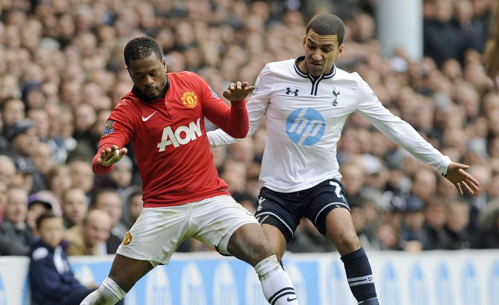 Tottenham y Manchester United empatan
