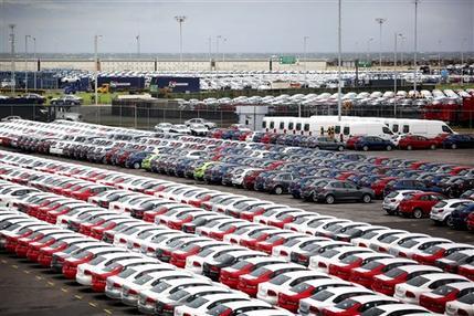 Fábricas de México hacen autos inseguros para Latinoamérica