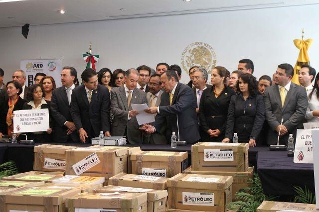 Consulta popular busca fin de reforma energética en México