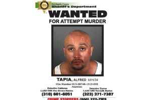 Buscan hombre que casi mata a 3 personas a martillazos