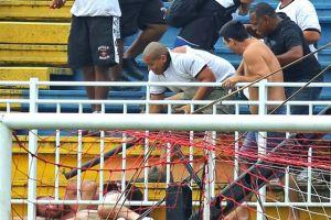 Equipos brasileños son sancionados por disturbios
