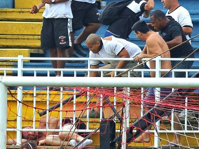 Violencia en los estadios de Brasil
