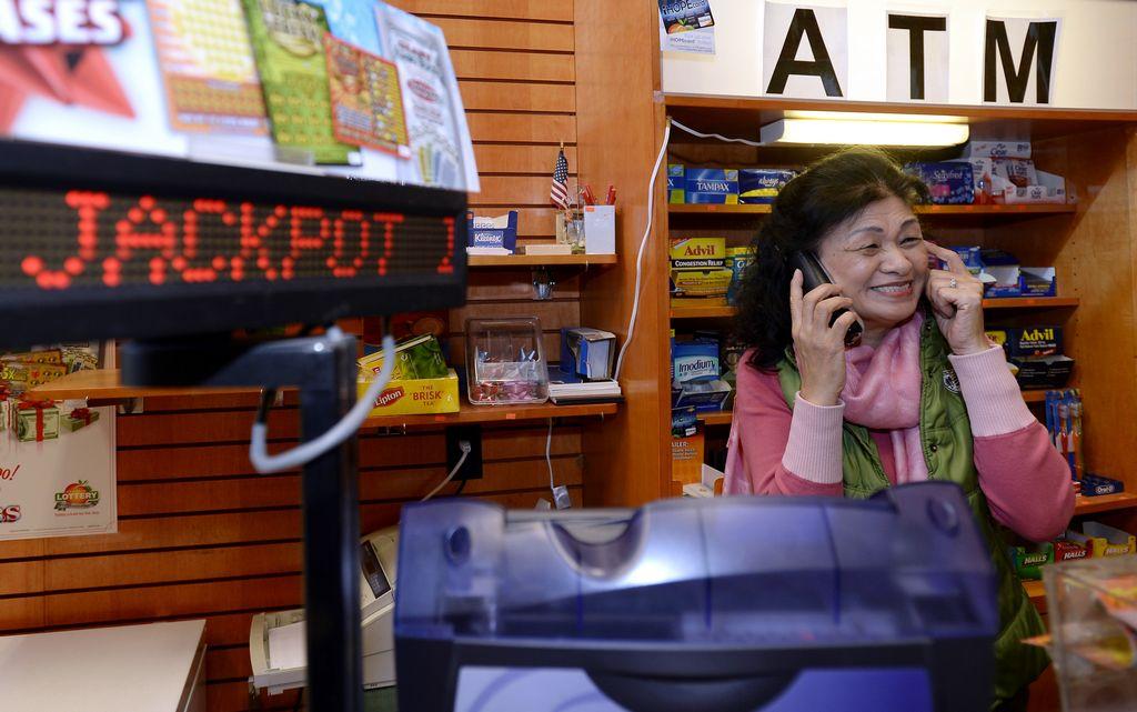Dos residentes de San Diego ganan $5 millones en lotería