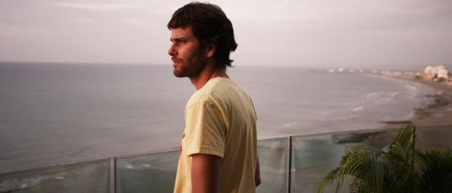 """El filme gira en torno a Paco Chávez, un joven cuya vida se centra en las drogas y el amor que tiene por Lucía, otro de los personajes de """"Mejor no hablar de ciertas cosas"""" ."""