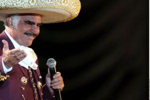 Vicente Fernández se despidió de los escenarios en 2013