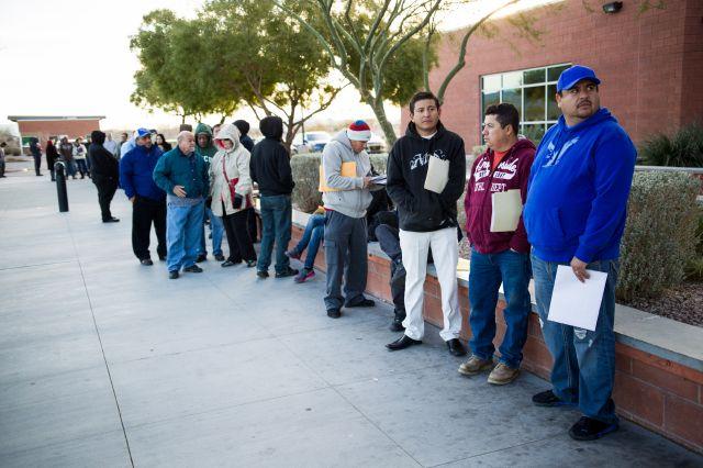 Nevada empieza a dar licencias de manejo a indocumentados