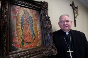 Arzobispo de LA confía en conseguir reforma migratoria