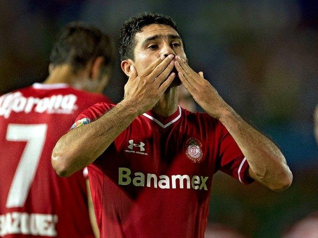Sinha anuncia su retiro del Toluca