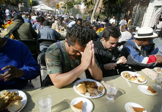 Casa Blanca admite: aún no se gana guerra contra pobreza