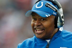 Lions contratan a Caldwell como entrenador