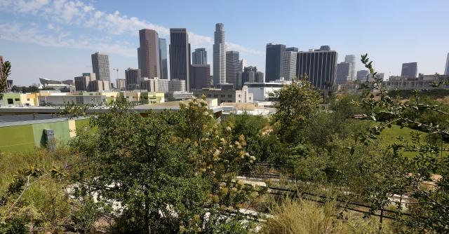 Los Ángeles avanza en el ahorro enérgetico de sus edificios