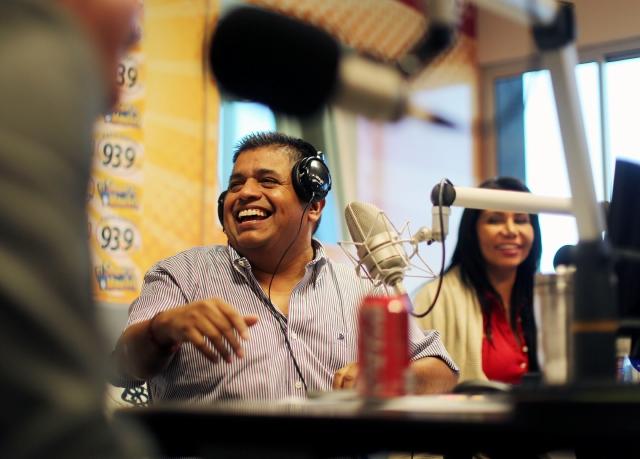 Ricardo Sánchez regresó ayer a la radio con un nuevo show matutino.