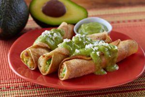 Exquisita receta mexicana de tacos dorados, fácil, económica y deliciosa