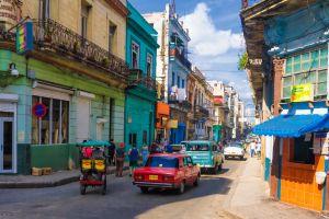 Cuba levanta prohibición para alquilar casas