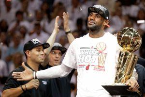 LeBron James encabeza el equipo olímpico de básquetbol