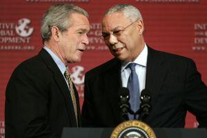 Detienen en Rumanía a sospechoso de hackear el e-mail de Bush y Powell
