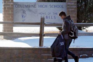 Escuela de Columbine reabre tras recibir amenazas