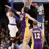 'Melo' provoca caída de Lakers