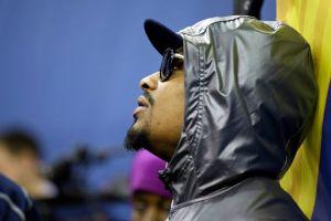Lynch abandona rueda de prensa previa al Super Bowl (video)