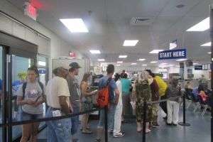 Faltan indocumentados en primer taller de DMV en CA