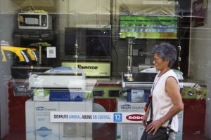 Argentina clausurará negocios que suban precios (video)
