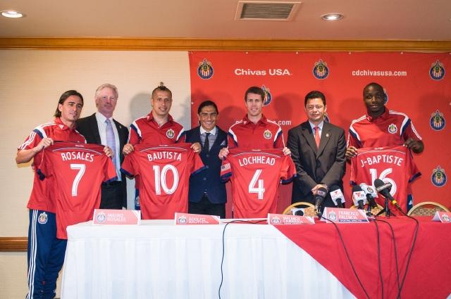 Rosales, Bautista y Locchead son los refuerzos de Chivas USA para la temporada de la MLS que inicia el 8 de marzo.