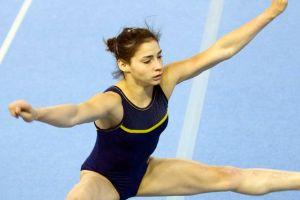 Competidora olímpica brasileña sigue luchando por su vida